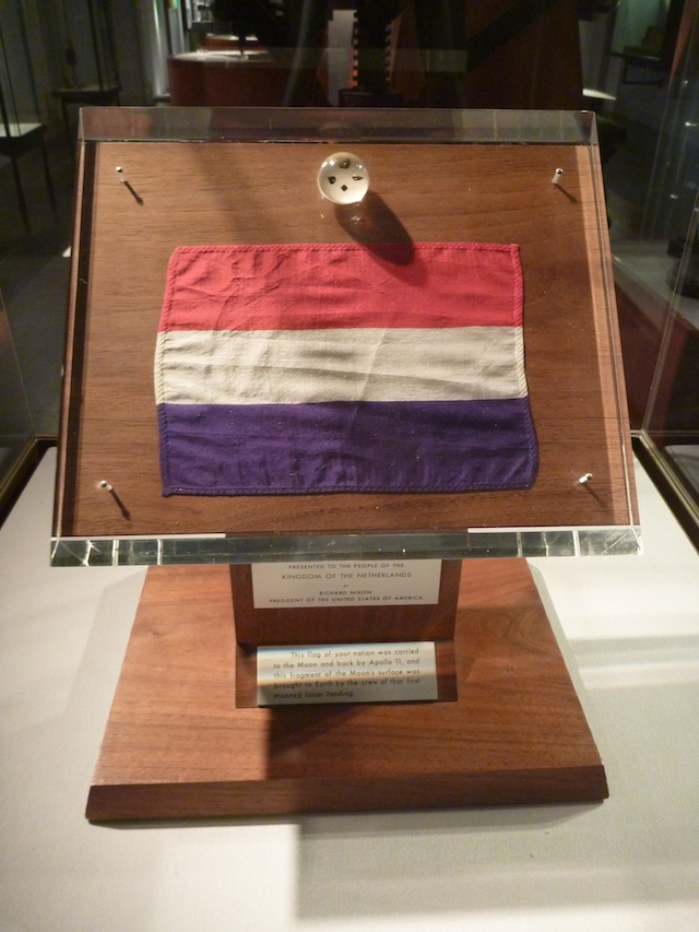 Plaque Apollo 11