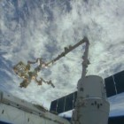 Dragon_CRS-3_unloading_trunk